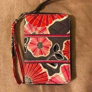 Vera Bradley Wristlet Wallet - Gray/Pink Floral